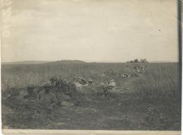 PHOTO FRANÇAISE - POILUS DANS LES TROUS INDIVIDUELS A ANTHEUIL PORTES PRES DE RESSONS SUR MATZ OISE - GUERRE 1914 1918 - 1914-18