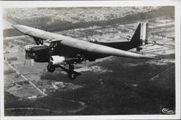 CPA. Carte-Photo - Aviation > Entre Guerres > ISTRES-AVIATION - Quadrimoteur FARMAN-MULTIPLACE En Vol - TBE - 1919-1938: Entre Guerres
