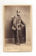 Y15344/ CDV Foto Soldat Mit Pickelhaube Gewehr Ca.1885 Foto Schnittger,Schleswig - Photos