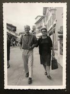 Wengen Dorfstrasse Mit Gästepaar/ Fotokarte - BE Berne