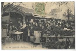 CPA 94 LA VARENNE Le Marché - France