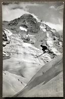 Kleine Scheidegg Geländesprung Skifahrer/ Photo Gyger Adelboden - BE Berne