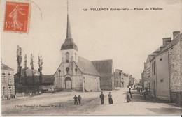 VILLEPOT ( Loire Inférieure ) - Place De L'Eglise. Personnages. - Francia