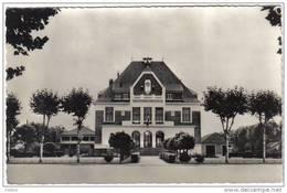 Carte Postale 91. Sainte-Geneviève-des-Bois  L'hotel De Ville Trés Beau Plan - Sainte Genevieve Des Bois