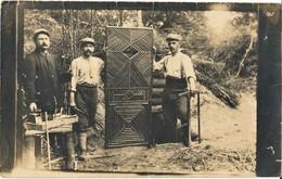 CARTE PHOTO FRANÇAISE 409e RI - UNE PORTE RUSTIQUE A L'ECOUVILLON PRES DE THIESCOURT - NOYON OISE 1914 1918 - 1914-18