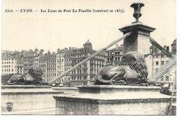 L170A_704 - Lyon - 530b Les Lions Du Pont La Feuillée (construit En 1837) - Lyon