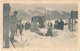 MONT-LOUIS - CARTE PHOTO - CONCOURS CHASSE NEIGE 1931 (PHOTO ARTICLE POUR INFO - LA REVUE N'EST PAS A LA VENTE) - Autres Communes