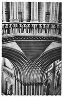 50 Coutances La Cathédrale Détail De L'encorbellement De La Tour Centrale (2 Scans) - Coutances