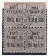 BLOC DE 4 OBLITERE SUPERBE N°22 - Madagascar (1889-1960)