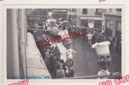 Au Plus Rapide Var Hyères Carte Photo Carnaval 11 Février 1951 Grosse Animation Très Bon état - Hyeres