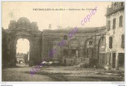13. PEYROLLES . Intérieur Du Chateau . - Peyrolles