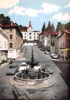 38 .n° 21168 . Saint Jean De Bournay . Voitures .la Fontaine Sur La Place  . Cpsm .10.5 X 15cm . - Saint-Jean-de-Bournay