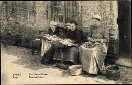 Cp Ypres Westflandern, Les Dentellieres, Spitzenklöpplerinnen - Métiers