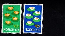 934178839 1977 SCOTT 688 689 POSTFRIS MINT NEVER HINGED EINWANDFREI (XX) NORDIC COUNTRIES - FIVE WATER LELIES - Norvège
