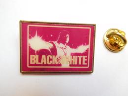 Beau Pin's , Musique , Michael Jackson  , Black White - Musique
