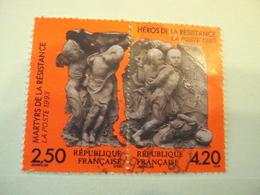 """1990-1999    - Timbre Oblitéré N° 2813 A -la Paire     """"  Heros Résistance      """"     Net      2 - Used Stamps"""