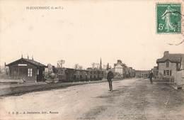 35 Pleugueneuc Cpa Carte Animée Gare Avec Train Locomotive - Frankreich