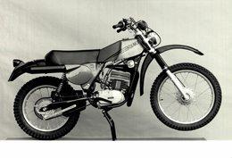 Kosmos +-18cm X 12cm Moto MOTOCROSS MOTORCYCLE Douglas J Jackson Archive Of Motorcycles - Photographs