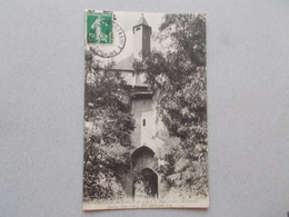 CHATEAU RENAULT (37 ) PORTE D ENTREE DU CHATEAU XVé SIECLE  VOYAGEE 1912 - France