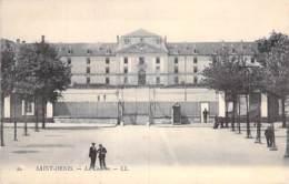MILITARIA - 93 - SAINT DENIS : La Caserne - CPA - Seine St Denis - Caserme