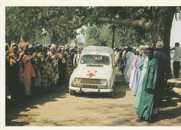Sénégal - Opération 4 L - Remise D'une Voiture à Un Village De Casamance - Voitures De Tourisme