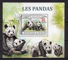 BURUNDI - 2013 WWF - PANDAS   M2102 - Timbres