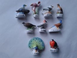 Lot De 9 Oiseaux: Canard - Flamant Rose - Phaeton Bec Jaune - Alouette - Faisan Faisane - Fou De Bassan - Paon - Fregate - Animals