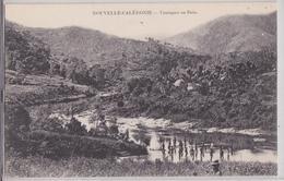 Nouvelle-Calédonie - Canaques Au Bain - Nouvelle Calédonie