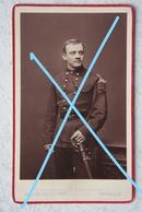 Photo ABL Officier Armée Belge Van Ieper Circa 1877 Belgische Leger Militaria Photographe Geruzet Bruxelles Sabre Sword - Photos