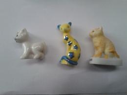 Lot De 3 Fèves Chats : Flixie - Petit Chat Blanc - Chat Fantaisie Jaune Et étoiles Bleues - Animals