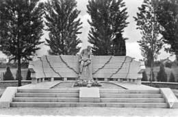 71 - MONTCEAU Les MINES ( Militaria ) Le MONUMENT Des DEPORTES Et FUSILLES - CPSM Format CPA - Saône Et Loire - Montceau Les Mines