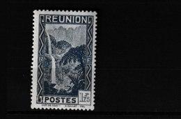 143A   **  Y & T    Le Bras Des Demoiselles Cascade De Salazie   *RÉUNION*  58/46 - Unused Stamps