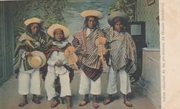 EQUATEUR INDIOS NATURALES DE LOS ALREDEDORES DE OTAVALO - Equateur