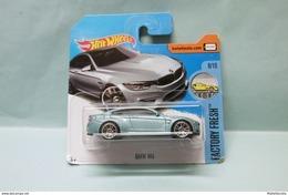 Hot Wheels - BMW M4 Bleu Gris Clair - 2017 Factory Fresh HOTWHEELS EU Short Card 1/64 - HotWheels