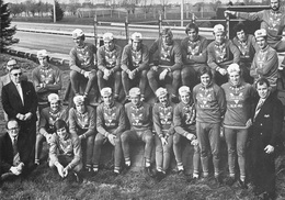 CARTE CYCLISME GROUPE TEAM FRISOL 1974 ( FORMAT 15 X 21 ) - Cyclisme
