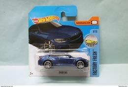 Hot Wheels - BMW M4 Bleu Nuit - 2017 Factory Fresh HOTWHEELS EU Short Card 1/64 - HotWheels