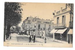 (25955-77) Fontainebleau - La Rue Dennecourt - Fontainebleau