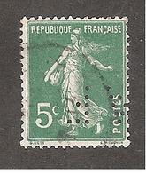 Perforé/perfin/lochung France No 137 AF Amieux Frères (72) - Perforés