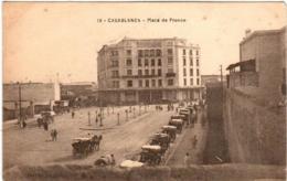 61thi 32 CPA - CASABLANCA - PLACE DE FRANCE - Casablanca