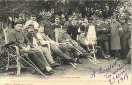 Serie De Guerre De 1914 SAINT GAUDENS Groupe De Blessés Convalescents Dans Les Jardins De L'Hopital Temporaire Peu Coura - Saint Gaudens