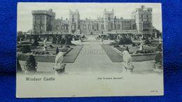 Windsor Castle The Queen's Garden England - Windsor Castle