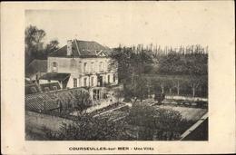 Cp Courseulles Sur Mer Calvados, Une Villa - Autres Communes
