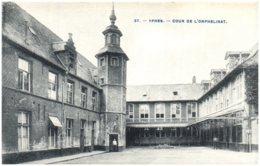 YPRES - Cour De L'orphelinat - Belgique
