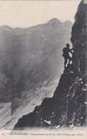 Les Pyrénées - Escarpements Du Pic Du Midi D'Ossau (un Alpiniste) - Non Classificati