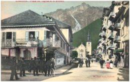 74 CHAMONIX - Place De L'Eglise Et Le Brévent - Chamonix-Mont-Blanc