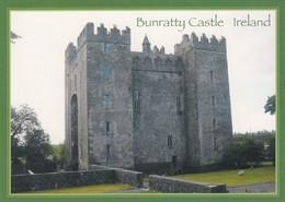 Postcard Bunratty Castle Ireland  My Ref  B24061 - Clare