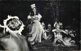 OCEANIE  TAHITI  Danse A BORA BORA - Tahiti