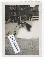 LIEGE - La Place St-Lambert (Tram??) - Et Le Palais De Justice - 2 Photos 8.5 X 6 Cm Env. - Lieux