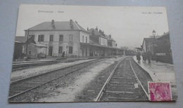 25 - Pontarlier - Gare ::: Militaires - Soldats - Train - Locomotive - Chemin De Fer - Wagons -------- 518 - Pontarlier