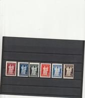 TIMBRES POSTE DE YOUGOSLAVIE . NOUVELLE CONSTITUTION DE NOVEMBRE . - 1945-1992 République Fédérative Populaire De Yougoslavie